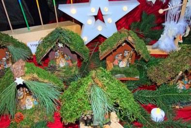 Review: Weihnachtsbasar mit Adventsfeier